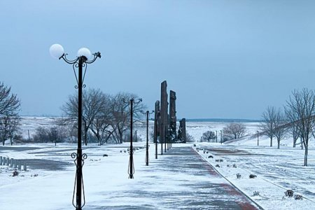 """РАЗБУШЕВАВШИЕСЯ"" ВАНДАЛЫ В КРАСНОДОНЕ"