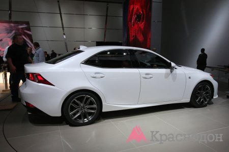 Новый Lexus IS F может получить турбонаддув